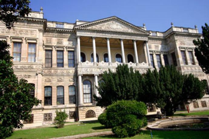 Bilder und Skulpturen Museum Istanbul