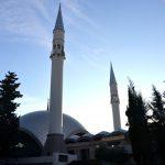 Şakirin Moschee von außen