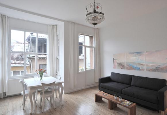 ferienwohnung emin cami sokak im stadtteil beyo lu istanbul tourist information. Black Bedroom Furniture Sets. Home Design Ideas