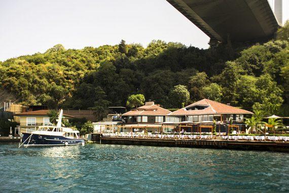Lacivert Restaurant Istanbul